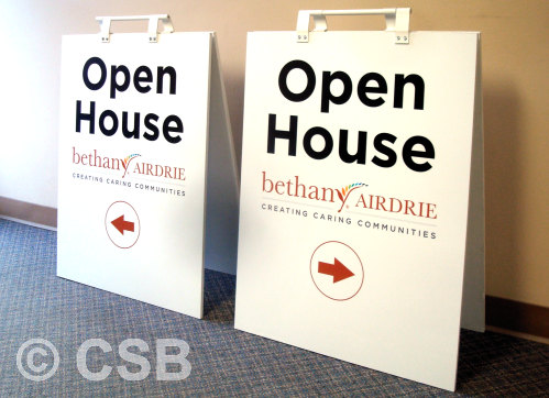 24x32 Sandwich Boards With Arrows, Directional Function